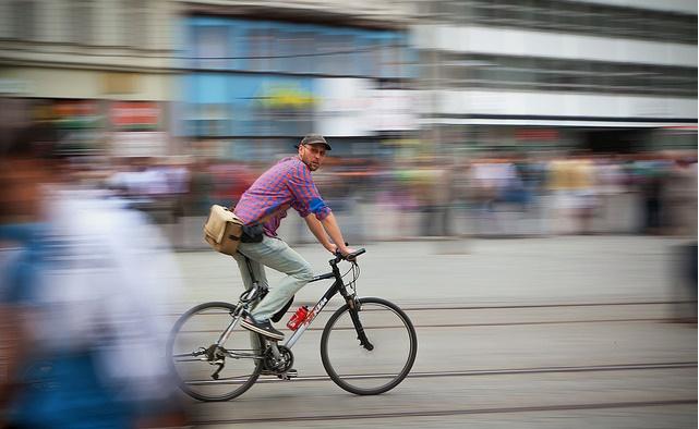 Cyclist / Rudolf Vlček / Flickr