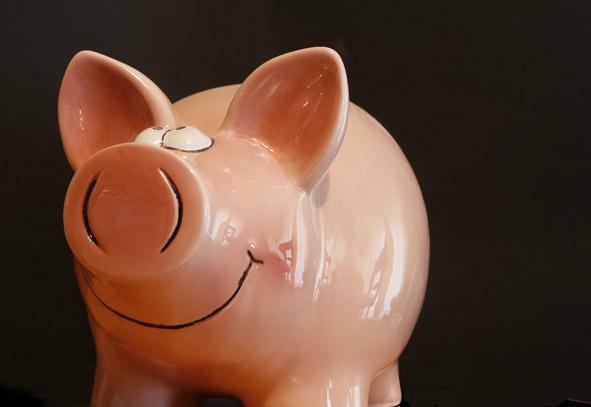 Piggy Bank/Alan Cleaver/flickr