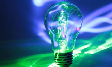 Laser lightbulb # 8/ Veronica Aguilar/flickr