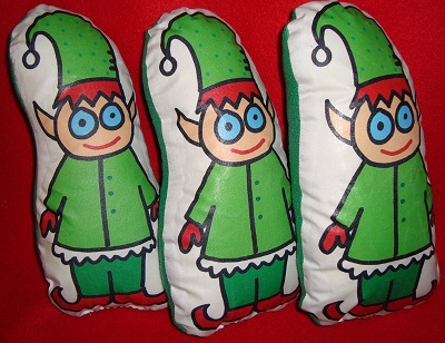 Elf plushies/Jelene Morris/flickr